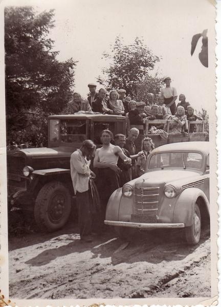 [Pilt: tn_autod_1952.jpg]